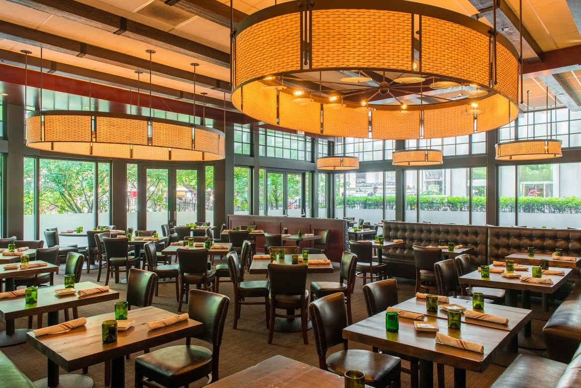 What to expect at chicago s 2016 national restaurant for Best private dining rooms in chicago 2016