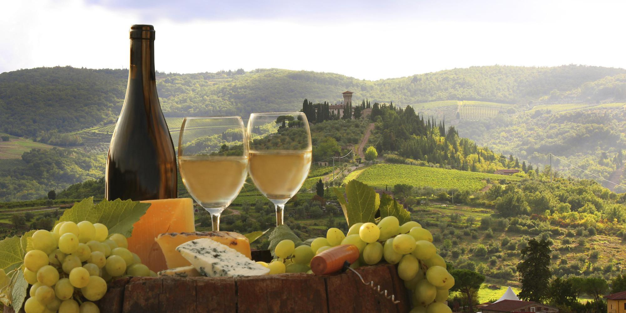 Tuscan cuisine hearty meals from simple ingredients tesori for Cuisine wine