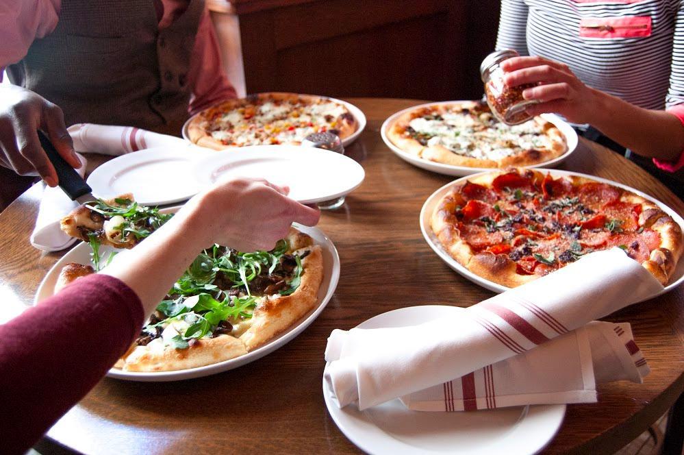enjoying-pizza