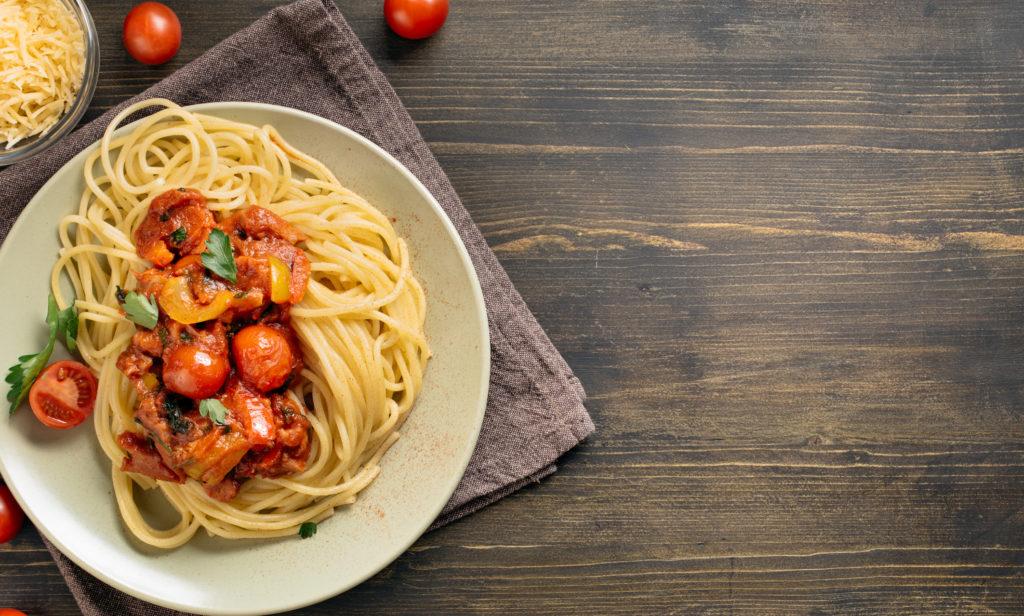 Spaghetti pasta on table